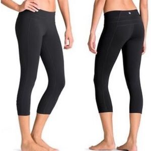 Athleta Balance Capri